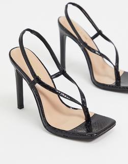 STEVE MADDEN - Bashment – Sandalen mit Absatz und Schlangenmuster in Schwarz