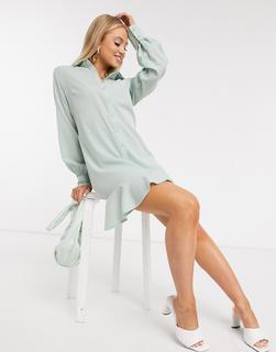 Missguided - Hemdkleid mit Rüschensaum in Salbeigrün