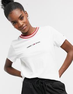 Tommy Jeans - Weißes T-Shirt mit Logo und kontrastierendem Rippdesign