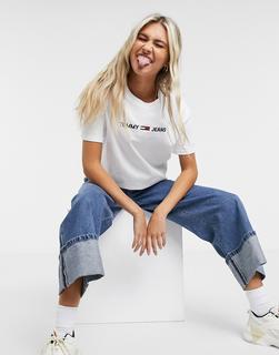 Tommy Jeans - T-Shirt mit Logo vorne in Weiß