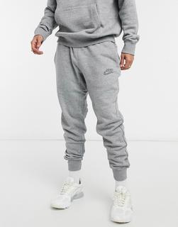 Nike - Revival – Jogginghose mit engen Bündchen in blassem Schwarz