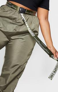 PrettyLittleThing - Plus Khaki Reversible Taping Belt, Green