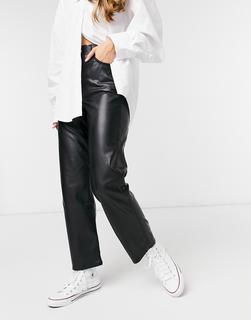 Levis - Levi's – Ribcage – Knöchellange Jeans aus Kunstleder mit geradem Schnitt in Schwarz