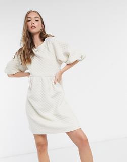 Vero Moda - Gestepptes Kleid mit Puffärmeln in Creme-Cremeweiß