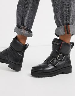 Bronx - Flache Lederstiefel mit Schnallenverzierung in Schwarz