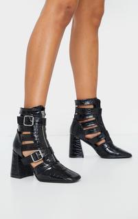 PrettyLittleThing - Black Flare Block Heel Buckle Open Ankle Boots, Black