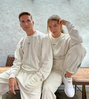puma - Oversize-Jogginghose in verwaschenem Stone – exklusiv beiASOS-Weiß