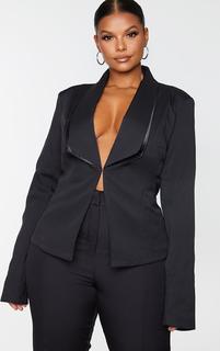 PrettyLittleThing - Plus Black Avani Suit Jacket, Black