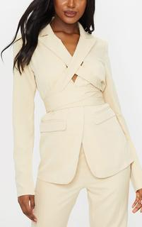 PrettyLittleThing - Tall Stone Fitted Tie Detail Blazer, White