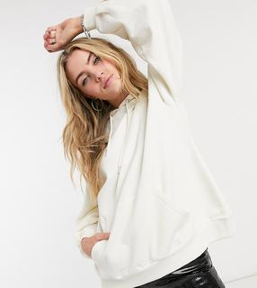 Reclaimed Vintage - Inspired – Oversize-Kapuzenpullover in Weiß mit Ballonärmeln und Tasche