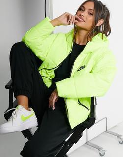 Nike - Wattierte Jacke mit Swoosh-Logo hinten in Neon-Hellgrün-Gelb