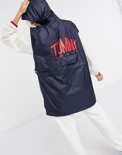 Tommy Hilfiger Sport - Lang geschnittene Windjacke zum Überziehen mit Logo hinten in Schwarz