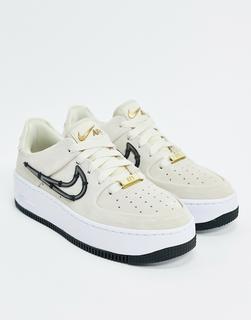 Nike - Air Force 1 Sage – SneakermitSwoosh-Metallaufnäher-Cremeweiß