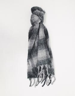ASOS DESIGN - Flauschiger, karierter, langer Schal aus Wollmischung in Grau-Mehrfarbig