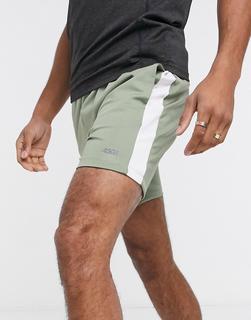 ASOS 4505 - Eng geschnittene Sport-Shorts mit Seitenstreifen-Grün