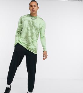 ASOS DESIGN - Tall – Lang geschnittenes, langärmliges Shirt in Grün mit Batikmuster