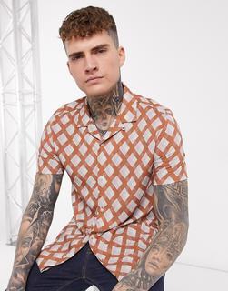 Topman - Hemd mit Reverskragen und geometrischem Muster in Braun