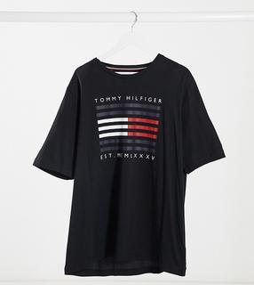 TOMMY HILFIGER - Big & Tall – Schwarzes T-Shirt mit gestreiftem Flaggenlogo