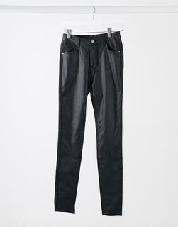 I Saw It First - Beschichtete Jeans in Schwarz