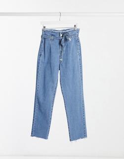 I Saw It First - Boyfriend-Jeans in mittlerer Waschung mit Paperbag-Taille-Blau