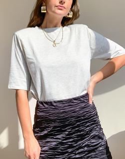 MANGO - T-Shirt in Ecru mit voluminöser Schulterpartie-Cremeweiß