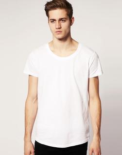 ASOS DESIGN - ASOS – T-Shirt mit tiefem Rundhalsausschnitt und Hemdsaum-Weiß