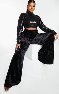 PrettyLittleThing - Plus Black Premium Velvet Sequin Detail High Neck Cut Out Wide Leg Jumpsuit, Black