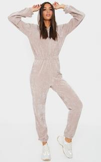 PrettyLittleThing - Stone Ribbed Velour Hooded Jumpsuit, White