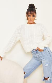 PrettyLittleThing - Cream All Over Cable Crop Fluffy Jumper, White