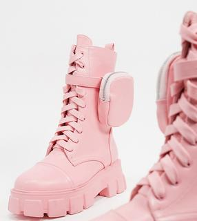 Public Desire Wide Fit - Intention – Wadenhohe Stiefel mit dicker Sohle und Tasche in Pastellrosa