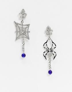 Glamorous - Halloween – Asymmetrische Ohrringe mit Spinnendesign und Schmucksteinen-Silber