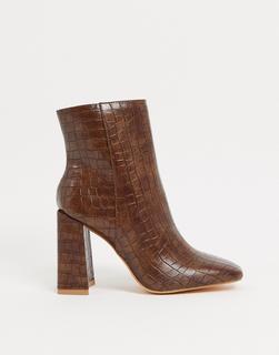 Glamorous - Schlichte Stiefel mit eckiger Zehenpartie in Kroko-Hellbraun
