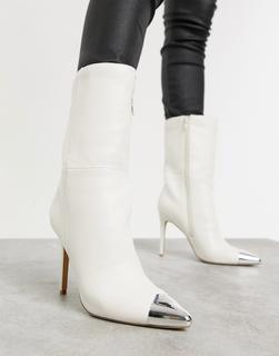 Public Desire - Portrait – Wadenhohe Stiefel zum Überziehen in Weiß mit Zehenkappe-Cremeweiß