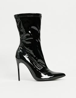 Truffle Collection - Spitze Sock-Boots mit Stiletto-Absatz, aus schwarzem Vinyl