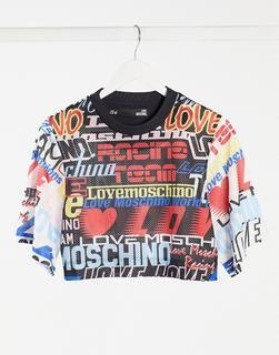 Love Moschino - Kurz geschnittenes T-Shirt mit Logomuster in Schwarz-Bunt
