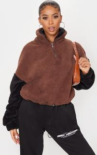 PrettyLittleThing - Chocolate Borg Contrast Sleeve Half Zip Toggle Sweatshirt, Chocolate