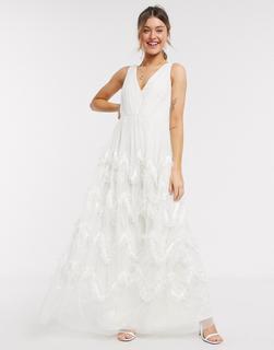 Anaya - With Love – Maxiballkleid mit tiefem Ausschnitt und Rock mit Federeffekt in Weiß