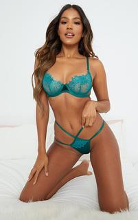 PrettyLittleThing - Emerald Green Velvet Trim Eyelash Lace Underwired Lingerie Set, Emerald Green