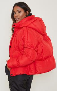 PrettyLittleThing - Red Nylon Oversized Curved Panel Wadded Puffer Jacket, Red
