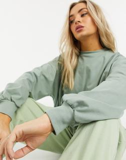 ASOS DESIGN - Super-Oversize-T-Shirt mit weiten Ärmeln in Khaki-Grün