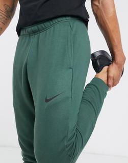 Nike Running - Schmal zulaufende Fleece-Jogginghose in Khaki-Grün