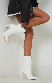 PrettyLittleThing - White Zip Front High Block Heeled Ankle Boots, White