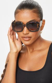 PrettyLittleThing - Brown Tortoise Oversized Chunky Square Frame Sunglasses, Brown