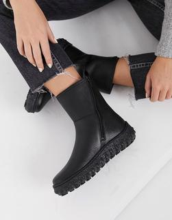 Camper - Stiefel aus Leder mit flacher Plateau-Sohle in Schwarz