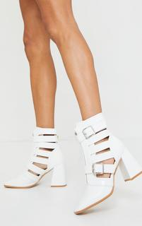 PrettyLittleThing - White Flare Block Heel Buckle Open Ankle Boots, White