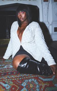 PrettyLittleThing - Plus White Premium Embellished Beaded Oversized Blazer, White