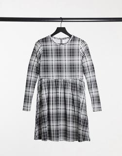 Pieces - Alberte – Kariertes Jerseykleid in Schwarz-weiß