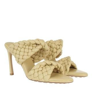 Bottega Veneta - Sandalen - Curve Sandals Leather Tapioca - in beige - für Damen