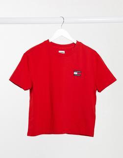 Tommy Jeans - Kurzärmliges T-Shirt in Rot mit Logo