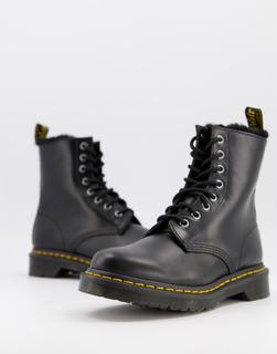 DR. MARTENS - Atlas – Schwarze Stiefel mit 8 Ösen und flauschigem Innenfutter